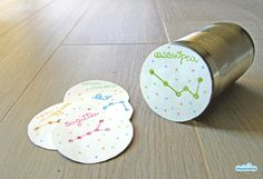 Stars in the can: a recycled toy to learn about constellations  (Italian blog) | someone uses this to drill the constellations -- Thatch would have these!  xD  *imagining scene*