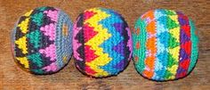 crochet juggling balls