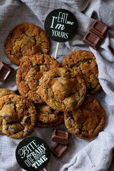 Kakkuviikarin vispailuja!: Suklaacookies Cookies, Desserts, Food, Crack Crackers, Tailgate Desserts, Deserts, Biscuits, Essen, Postres