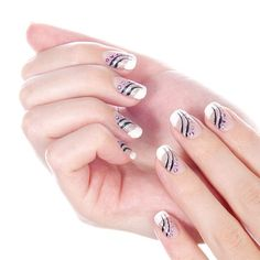 Art manicure for teens