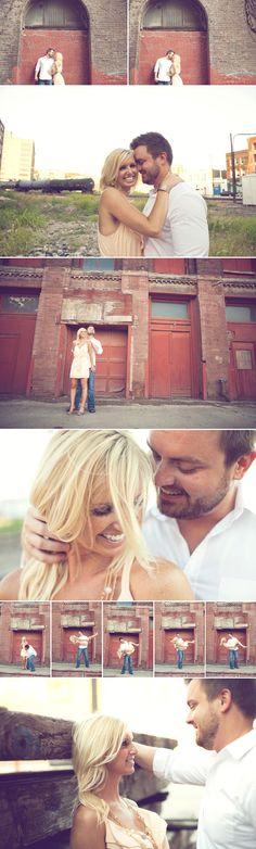 cute engagement photos.