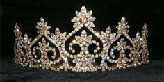 Rhinestone Jewelry Corporation used in QUEEN ELIZABETH production to great effect!