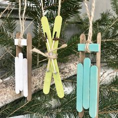 Sled Christmas Ornaments, Skis Christmas Ornaments, Personalized Ornaments, Personalize, Name Orname Popsicle Stick Christmas Crafts, Handmade Christmas Decorations, Christmas Ornament Crafts, Christmas Wood, Christmas Crafts For Kids, Craft Stick Crafts, Spring Crafts, Christmas Projects, Holiday Crafts