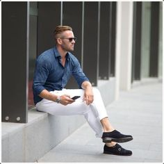 Men'S summer fashion - 12 big trends you'll be wearing this season Mens Fashion Summer Outfits, Men Fashion Show, Mens Fashion Suits, Men's Fashion, Fashion Shorts, Fashion Videos, Latest Fashion, Fashion Trends, Oufits Casual