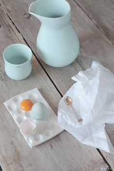 by it mano Robins Egg, Happy Colors, Shades Of Blue, Color Inspiration, Indigo, Eggs, Easter, Orange, Living Room