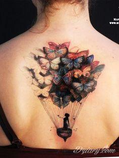 Tatuaż marzycielki ... | Dziary.com http://dziary.com/post/5525-tatuaz-motyle-plecy-tatuaz-na-plecach?ref=main