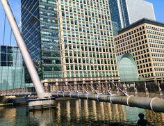 Canary Wharf bridge over the Thames river.  #london #londonlife #lovelondon #skyporn #skyscraper #citylife #cityphotography #cityscape #toplondonphoto #archilovers #archiporn #urban #urbanlife #modernarchitecture #thames #instatravel #wanderlust #solotravel #london_enthusiast #thelondonlifeinc #visitlondon #england #ig_england #ig_london #canarywharf #canary_wharf #reflection #architexture #architectureporn #composition by coolithewlett