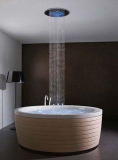 Soleil Round Bathtub from Porcelanosa 2 Soleil Round Bathtubs from Porcelanosa - whoa