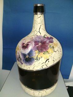 Botella decoupage