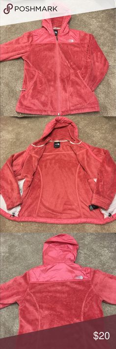 The North Face Women's Medium Jacket Super cute jacket!!! Worn a handful of times and is in very good condition!! The North Face Jackets & Coats
