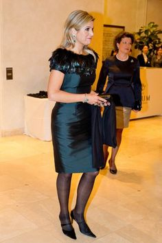 la petite robe noire...à plumes