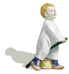 Kind mit Stecken und Trommel, Bunt staffiert, H 18,5 cm
