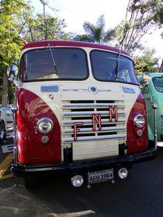 Old Truck                                                                                                                                                                                 Mais