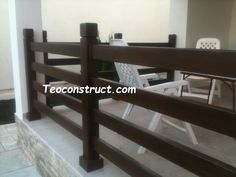 Balustrade din lemn pentru exterior  04 Deck Railings, Outdoor Furniture, Outdoor Decor, Corner Desk, Exterior, Home Decor, Balconies, Corner Table, Decoration Home