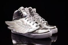 super popular 310a1 b253e ADIDAS JS WINGS METAL Adidas Jeremy Scott Wings, Wing Shoes, Shoe Game,  Adidas