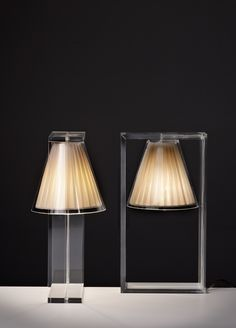 Kartell Light Air Lamp by Eugeni Quitllet