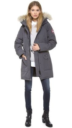 5 day countdown to you my little goosey baby -Canada Goose Trillium Parka Canada Goose Parka, Canada Goose Jackets, Canada Goose Women, Casual Chic, Look Boho Chic, Kensington, Fashion Outfits, Fashion Trends, Womens Fashion