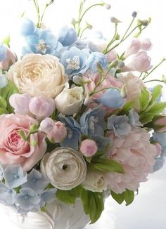 49 Ideas garden rose bouquet wedding florists for 2019 Amazing Flowers, Fresh Flowers, Beautiful Flowers, Pastel Flowers, Spring Flowers, Pink And Blue Flowers, Pastel Pink, Pastel Colors, Deco Floral