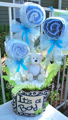 My diaper basket and blanket lollipop for a friend babyshower