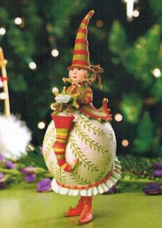 Patience Brewster Krinkles Mrs. Santa with Stocking Christmas Ornament