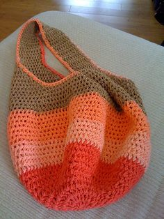 Crochet grocery bag!  2 skeins peaches/sugar & creme size I or J hook