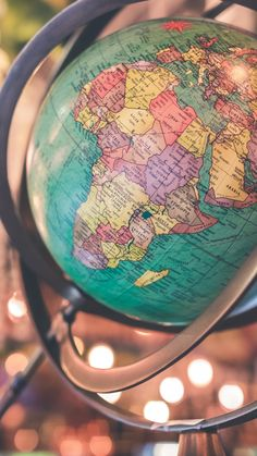 World Map Wallpaper, Travel Wallpaper, Tumblr Wallpaper, I Wallpaper, Lock Screen Wallpaper, Galaxy Wallpaper, Wallpaper Quotes, Wallpaper Backgrounds, Wallpaper Mundo