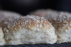 Frisk, Bread Baking, Crackers, Bread Recipes, Biscuits, Recipies, Brunch, Food And Drink, Cooking