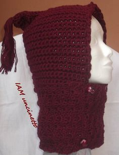 Berretto / sciarpa in merinos rosso scuro all'uncinetto. Scaldacollo. Crochet…
