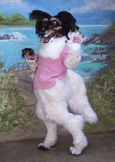 Fursuits are animal costumes associated with furry fandom. This one looks very weird. Fursuits are animal costumes associated with furry fandom. This one looks very weird. Reaction Pictures, Dog Pictures, Creepy Pictures, Dankest Memes, Funny Memes, Hilarious, Funny Animals, Cute Animals, Animal Memes