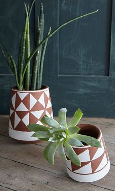 turning earth pots