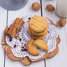 No Bake Cookies, Cake Cookies, Kosher Recipes, Holiday Baking, Gingerbread Cookies, Love Food, Yummy Treats, Holiday Recipes, Bakery
