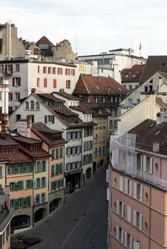 6 reasons to visit Lausanne, Switzerland – A Charming City on Lake Geneva – Famous Last Words Lausanne, Zermatt, Lugano, Lucerne Switzerland, Switzerland Summer, Places To Travel, Places To Visit, Grindelwald, Ski