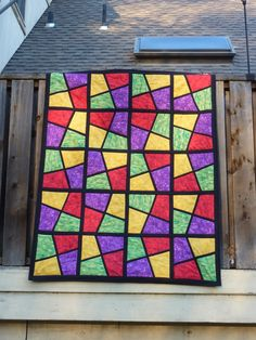 a stained glass quilt. gorgeous!