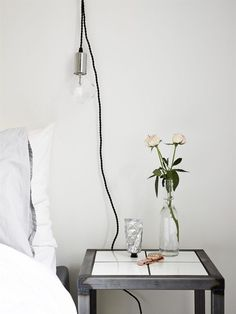 my scandinavian home: A pretty Gothenburg apartment with a fab work space Home Bedroom, Modern Bedroom, Bedroom Decor, Bedroom Ideas, Budget Bedroom, Dream Bedroom, Turbulence Deco, Bedside Lighting, Scandinavian Home