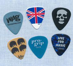 6 guitar picks  (lot 110)  #GuitarPicks