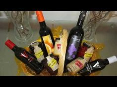 ¡Buenas tardes, amig@s! ¿Cómo os está yendo el fin de semana y este domingo? Esperamos que muy pero que muy bien.  Compartimos con vosotros el vídeo de la promoción que tenemos para San Juan. ¿Qué os parece? :) #gourmet, #gastronomía, #gastronomy, #promociones, #promotions, #vinos, #vino, #wines, #wine #andalusia #andalucia #españa #spain #food