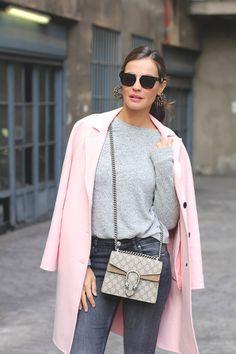 2016 pink coat Zara similar jeans Zara sweater Blanco boots Senso Sunglasses Céline bag Gucci