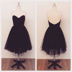 Beautiful tulle skirt party dress! Made of cotton and tulle. Bodice and skirt lines are made with high quality Kona brand cotton fabric. Bodice