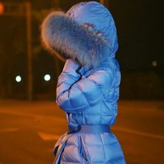 Snow Fashion, Fur Fashion, Winter Fashion, Down Parka, Down Coat, Puffy Jacket, Fur Jacket, Nylons, Hooded Winter Coat