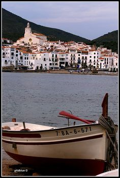 Cadaquès-la-blanche, Catalonia, Spain | by glidblue, via Flickr