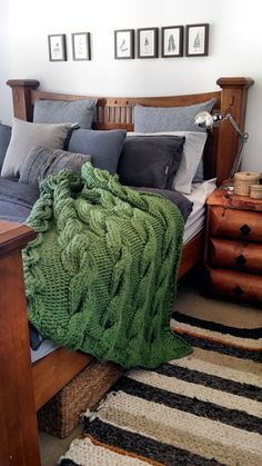 This hand kitted loungeroom throw is done in giant cables using 20mm knitting needles. It is very heavy, as all of my giant knit throws; this one weighs 3.6 kg. When spread out, the pattern really stands out and as such it makes it into a gorgeous addition to any loungeroom or bedroom. I choose to make my throws using 100% acrylic which is very easy to maintain. The throws can be easily washed without having to worry whether the throw will lose its shape or shrink in size.