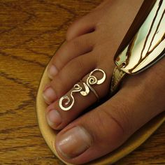 toe ring - want it so bad!!! Love