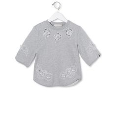 Shop the Monica Sweatshirt  by Stella Mccartney Kids  at the official online store. Discover all product information. Trend News, Stella Mccartney Kids, Girl Outfits, Shorts, Sweatshirts, Sweaters, Clothes, Shopping, Branding