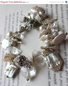 ON SALE chunky bracelet pearl bracelet vintage by soulfuledges, $52.99