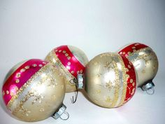 Set of 4 Vintage Christmas Ornaments Shiny Brite by ChromaticWit