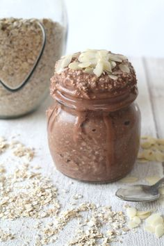 Cocoa-Banana Overnight Oats | 10 Overnight Oat Recipes Every Super Mom Deserves To Devour