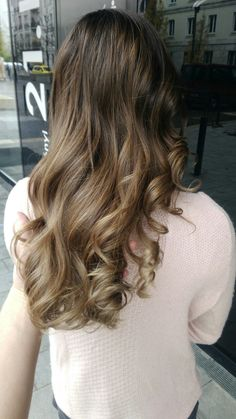 Balayage hair #natural #brunette #balayage #copacabana #brown #wavy #hair