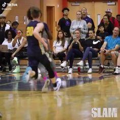 Funny Basketball Memes, Basketball Videos, Nba Funny, High School Basketball, Basketball Workouts, Basketball Skills, Basketball Pictures, Love And Basketball, Basketball Players