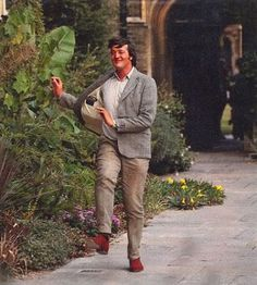 Stephen Fry /// How I walk to work every day.