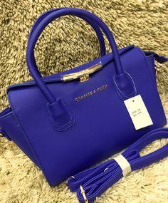 #purse #fancypurse #Ladispurse #handpurse #handbags #Stylishpurse To order now Call or whatsapp us on 09879001002